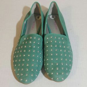 NWT Tesori turquoise suede studded loafers size 8